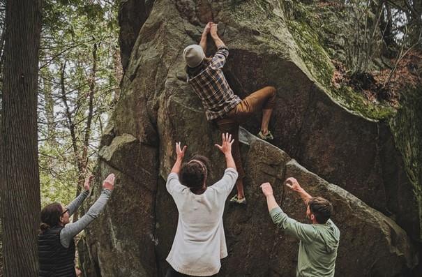 Spotting for bouldering